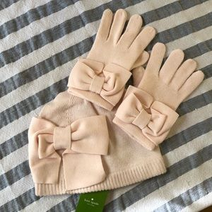 🆕 🎀 Kate Spade Pink Bow Hat and Gloves 🎀